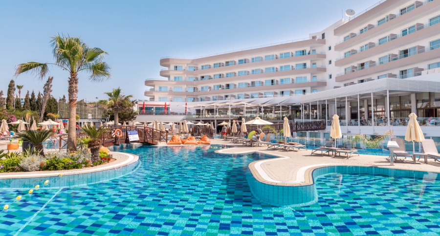All inclusive hotels in ayia napa food and drinks included for All inclusive food and drink resorts