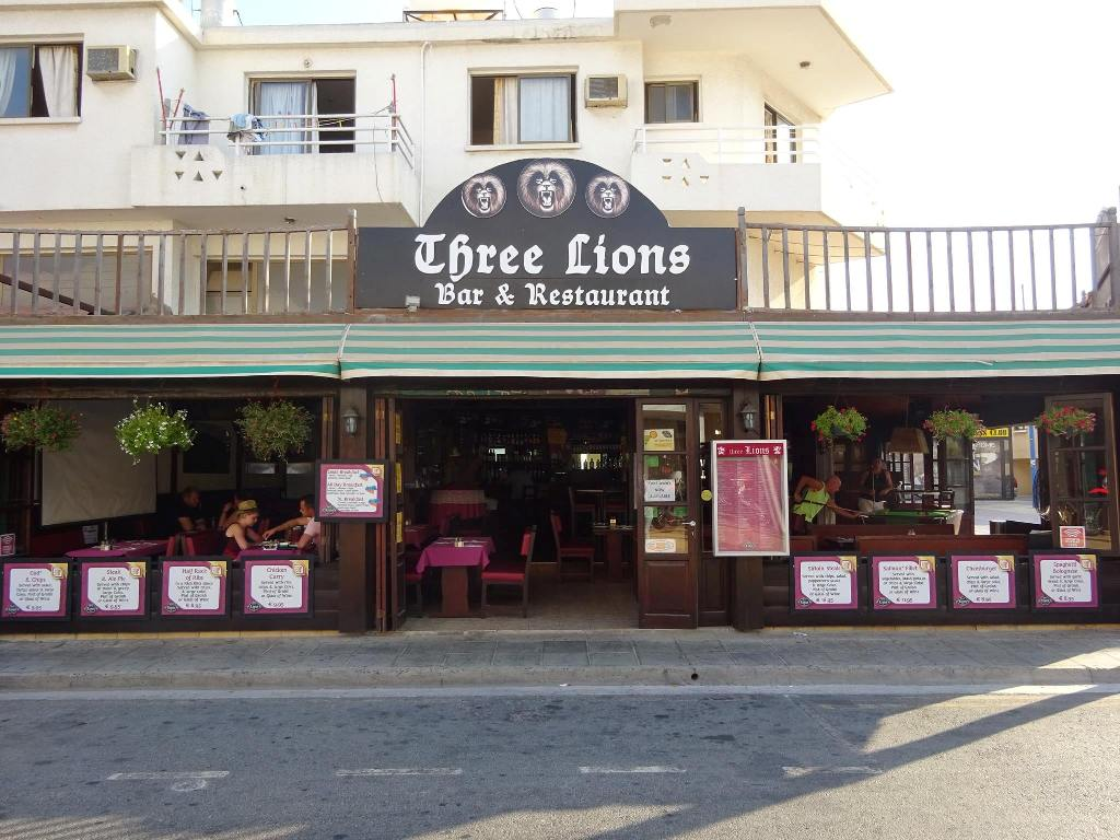 Three lions bar ayia napa