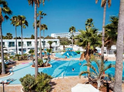 Luxury hotels in ayia napa