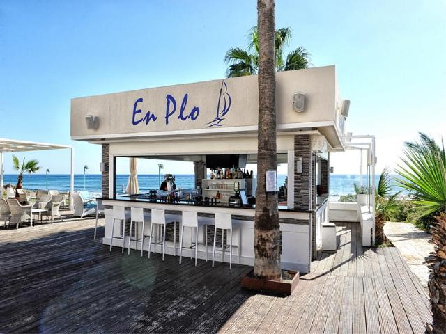 en plo beach bar Ayia Napa